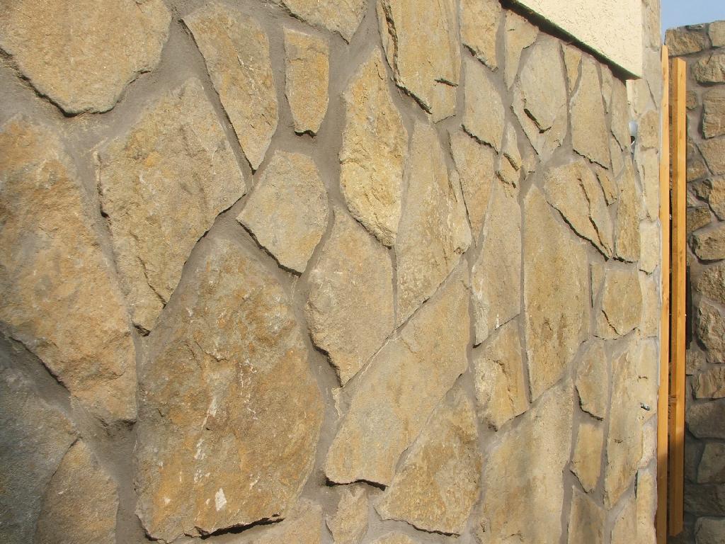 Keszthelyi hasított homokkő (rusztikus)